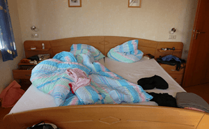 ai本当に寝相が悪いだけ?「周期性四肢運動障害」の自覚がない人が多すぎる。
