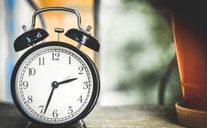 理想的な睡眠時間は何時間?最適な睡眠時間を知る7つの方法!a